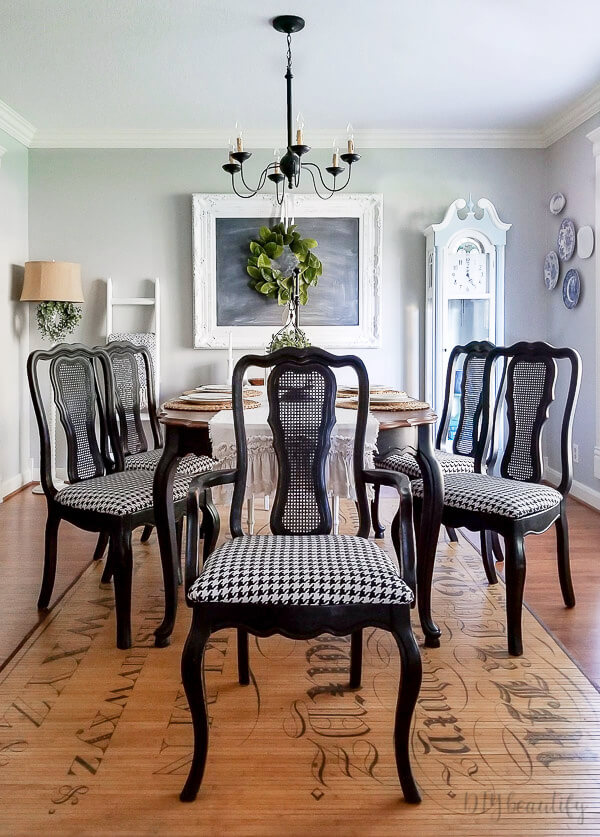 classic houndstooth covered chairs in dining room