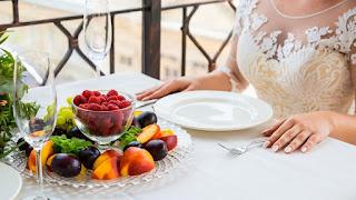 7 Makanan Ini Harus Dihindari Disaat Menjelang Pernikahan