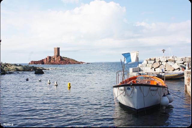 L'Ile d'Or et vue sur le port de Poussaï de Saint Raphael