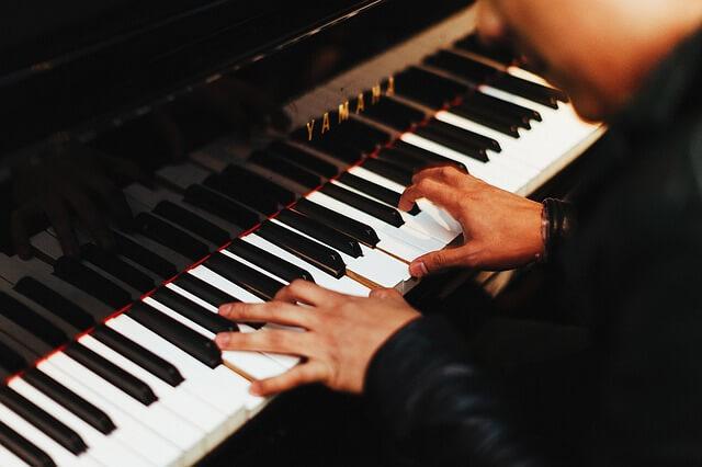 lagu untuk belajar piano pemula