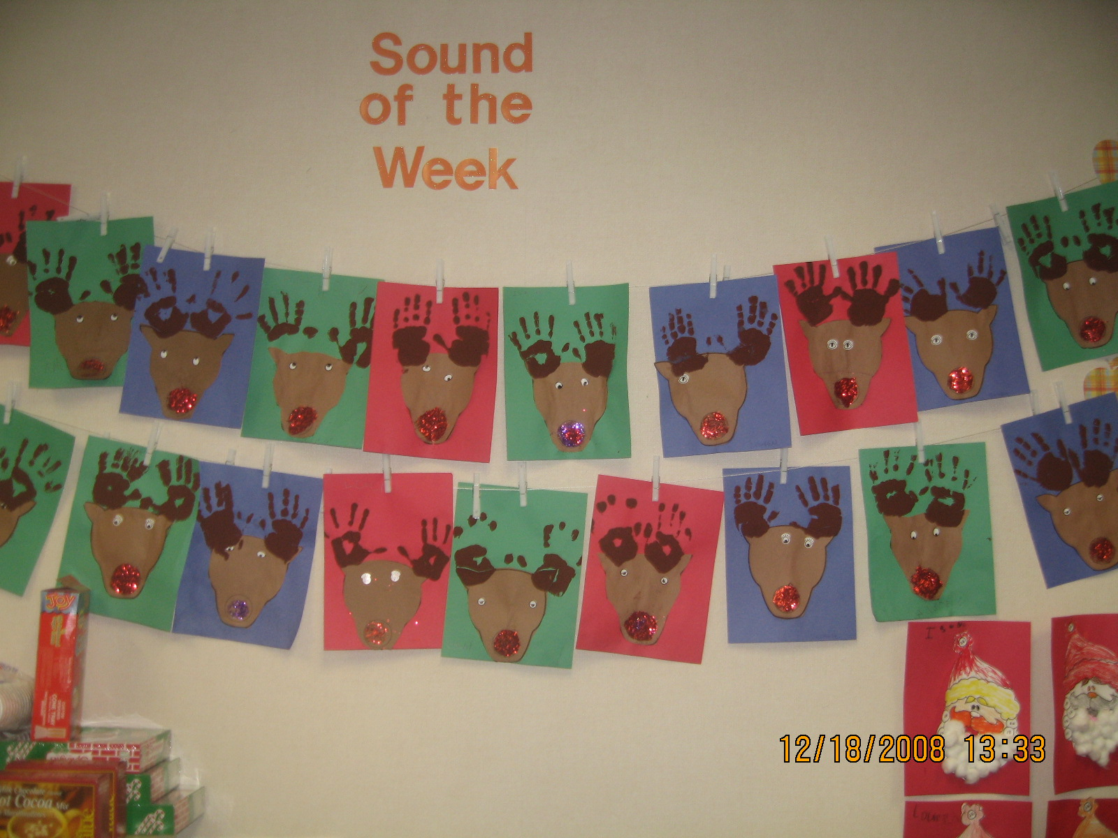 Mrs T S First Grade Class Christmas Art