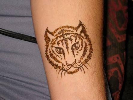 Mehndi Like Tattoo : Soni mehndi design