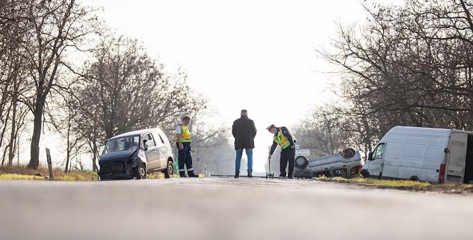 Három autó ütközött össze Békéscsaba mellett