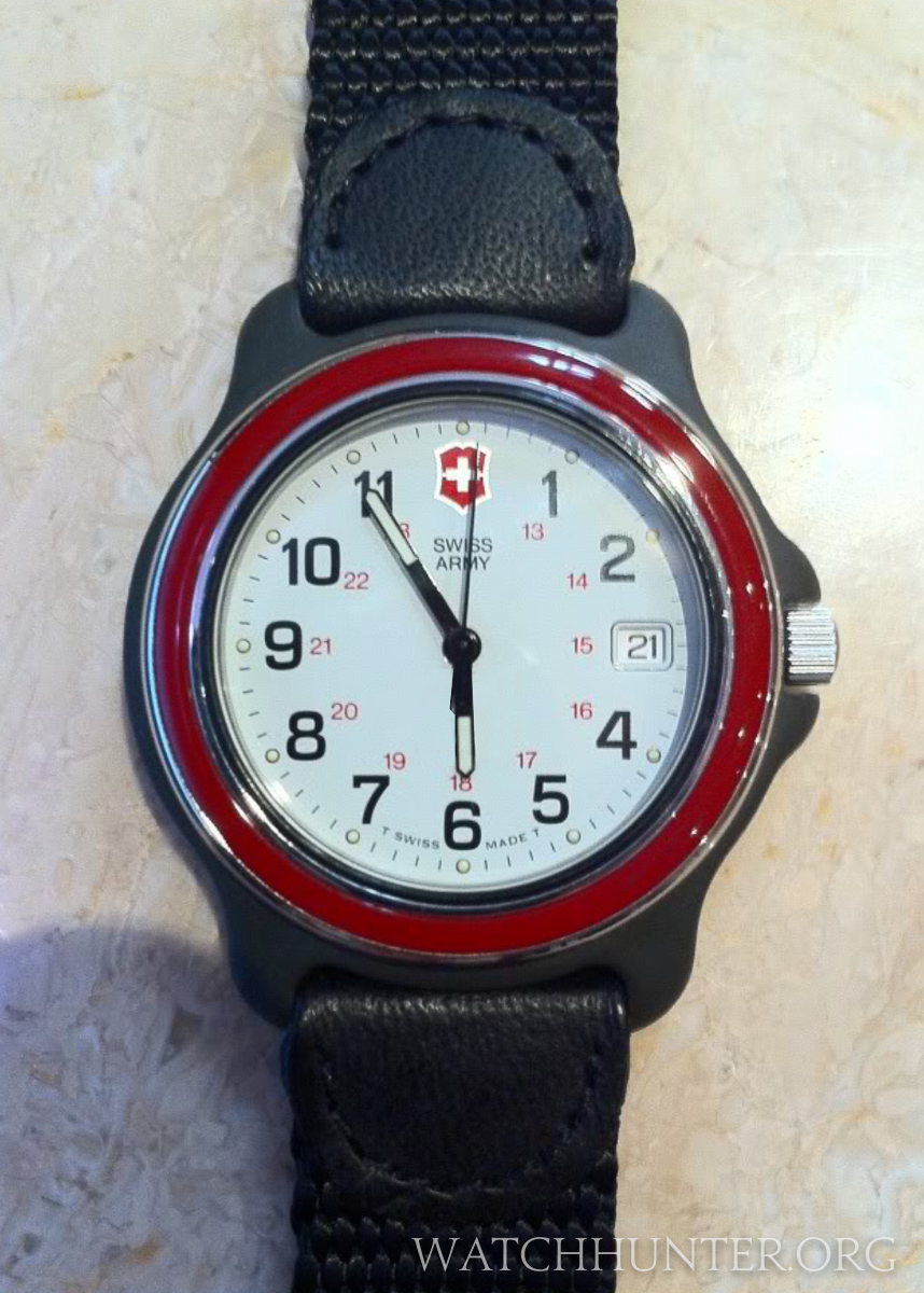Watch Hunter Blog Meet The Watch Victorinox Swiss Army