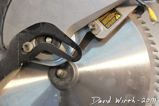 reverse thread saw bolt, size, how to