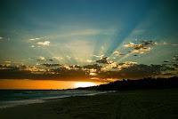 Matahari terbit dari ufuk barat