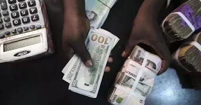 Naira takes a fall again, trades at 485/$1, 600/£1