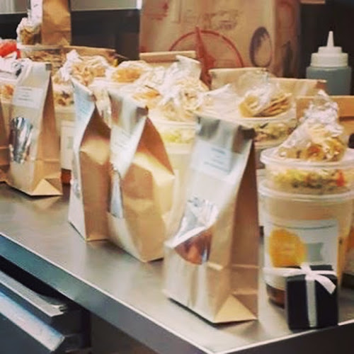 Shabbos food packages