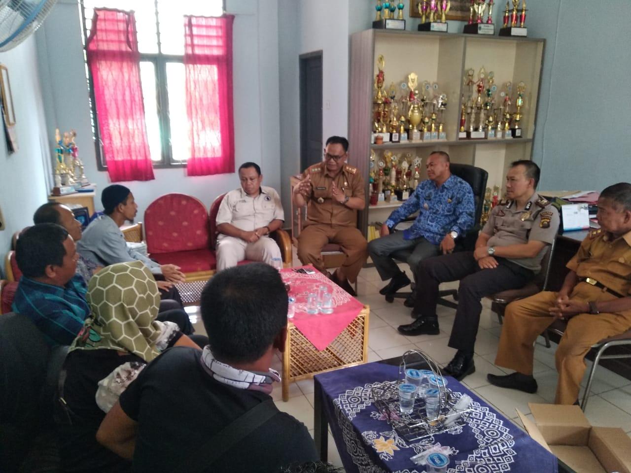 Warga Sungai Rambutan Demo Pertanyakan Money Politik Calon Kades Liputansumsel Com