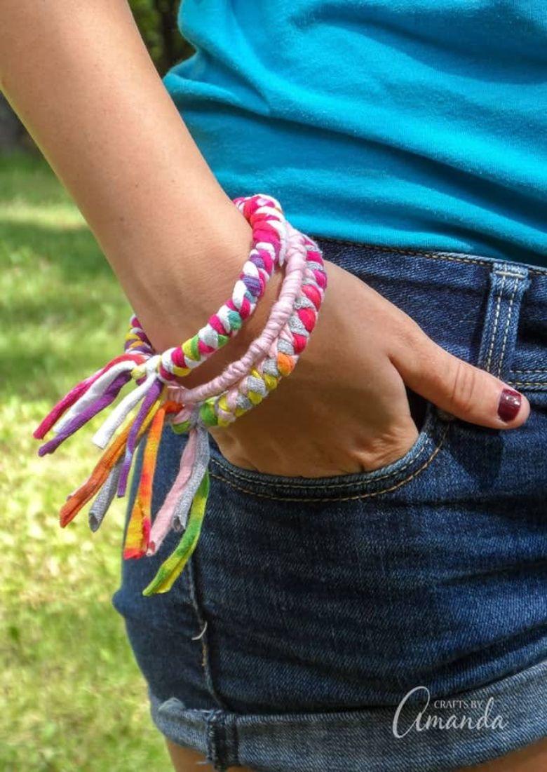 t shirt bracelet craft  - summer camp craft for kids