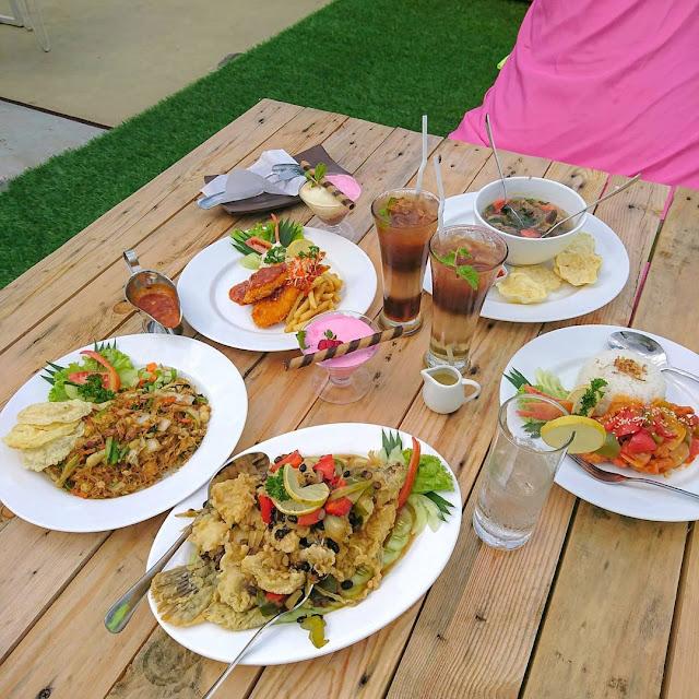 Menu di Foodpedia Sentul Bogor