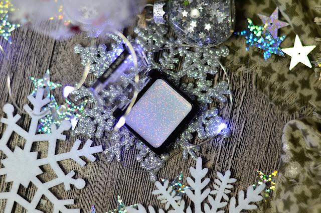Wet n wild glitter single E3512 bleached, новогодний макияж 2019, глиттер для тела, сияющий макияж