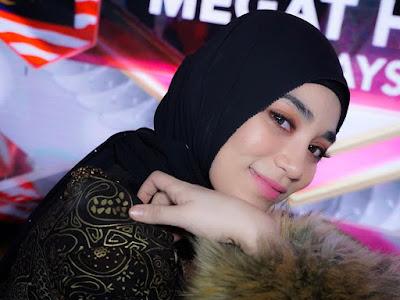 Uyaina Arshad, Artis Cantik dari Malaysia yang sukses di Indonesia