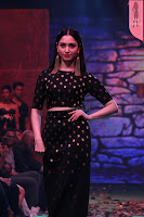 Tamannaah Bhatia Fashion of Bahubali 2 The Conclusion pics 13.JPG
