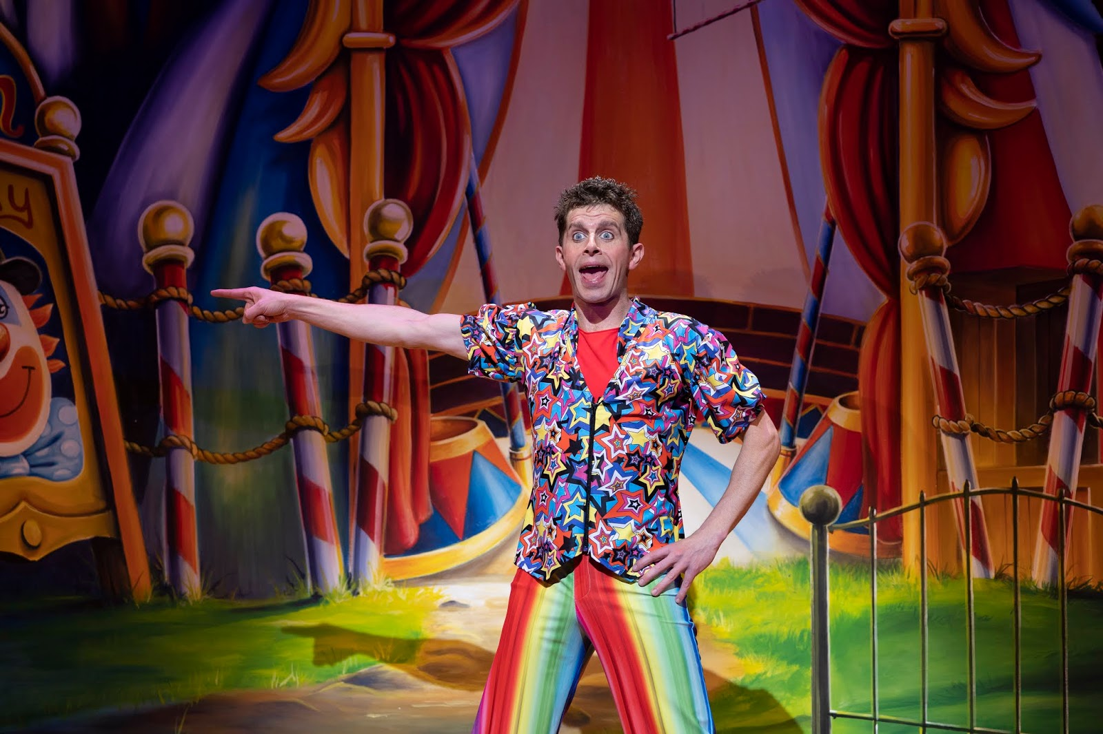 Review & Top Tips | Theatre Royal Newcastle Panto 2018  - Danny Adams