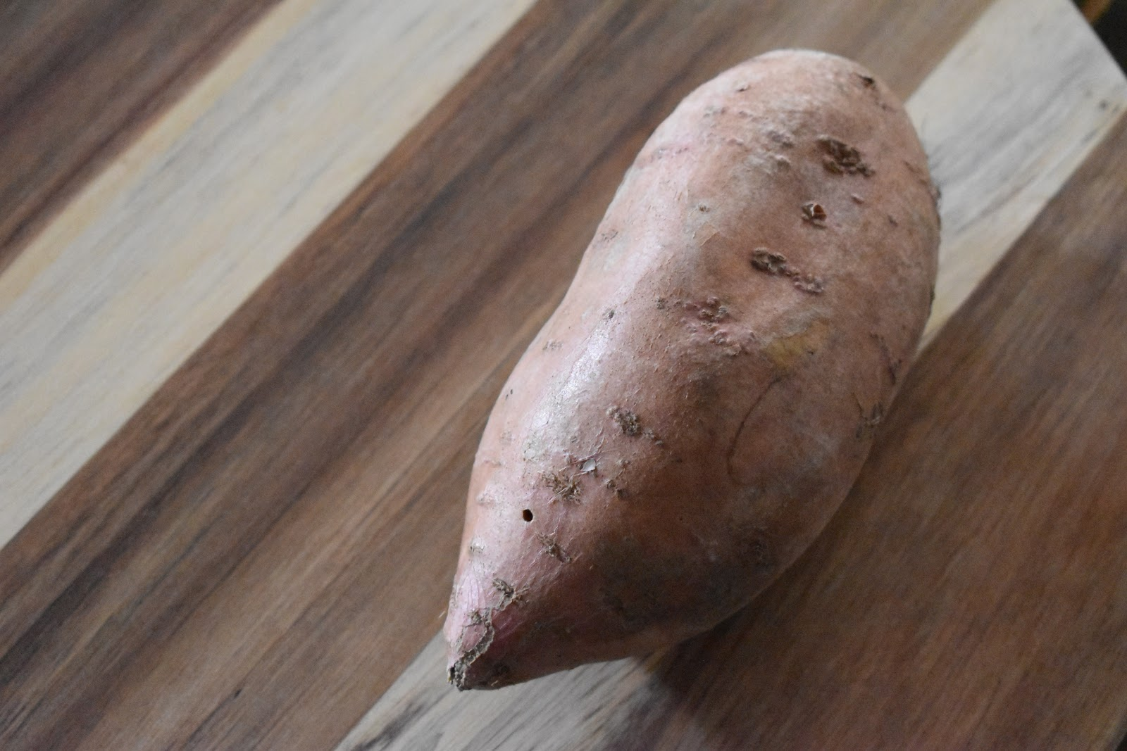 How to microwave a sweet potato. Healthy, quick and easy, low calorie