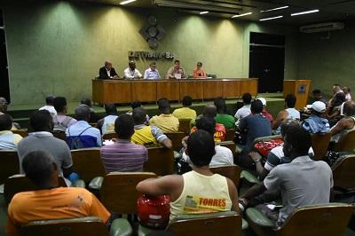 """Detran abre 200 vagas para habilitação de """"cinquentinhas"""""""