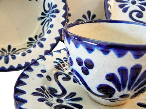 Talavera Blue and White Mexican Pottery at Rusticagift.com