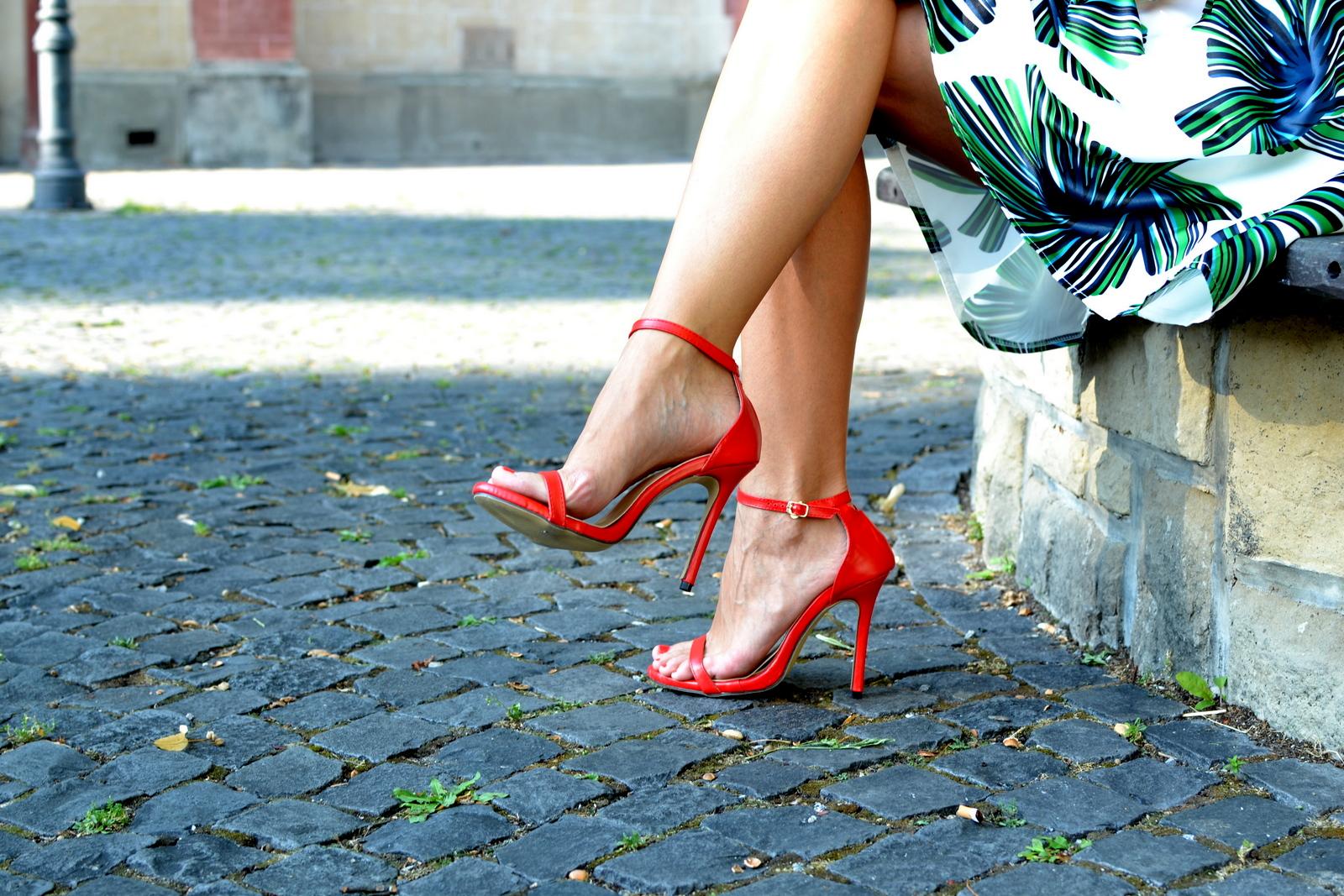 f28b11280f Nohy viac odhaľujeme a teda by sme im mali dopriať viac pozornosti a  produktov