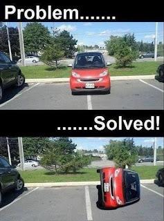 Foto de humor con el auto