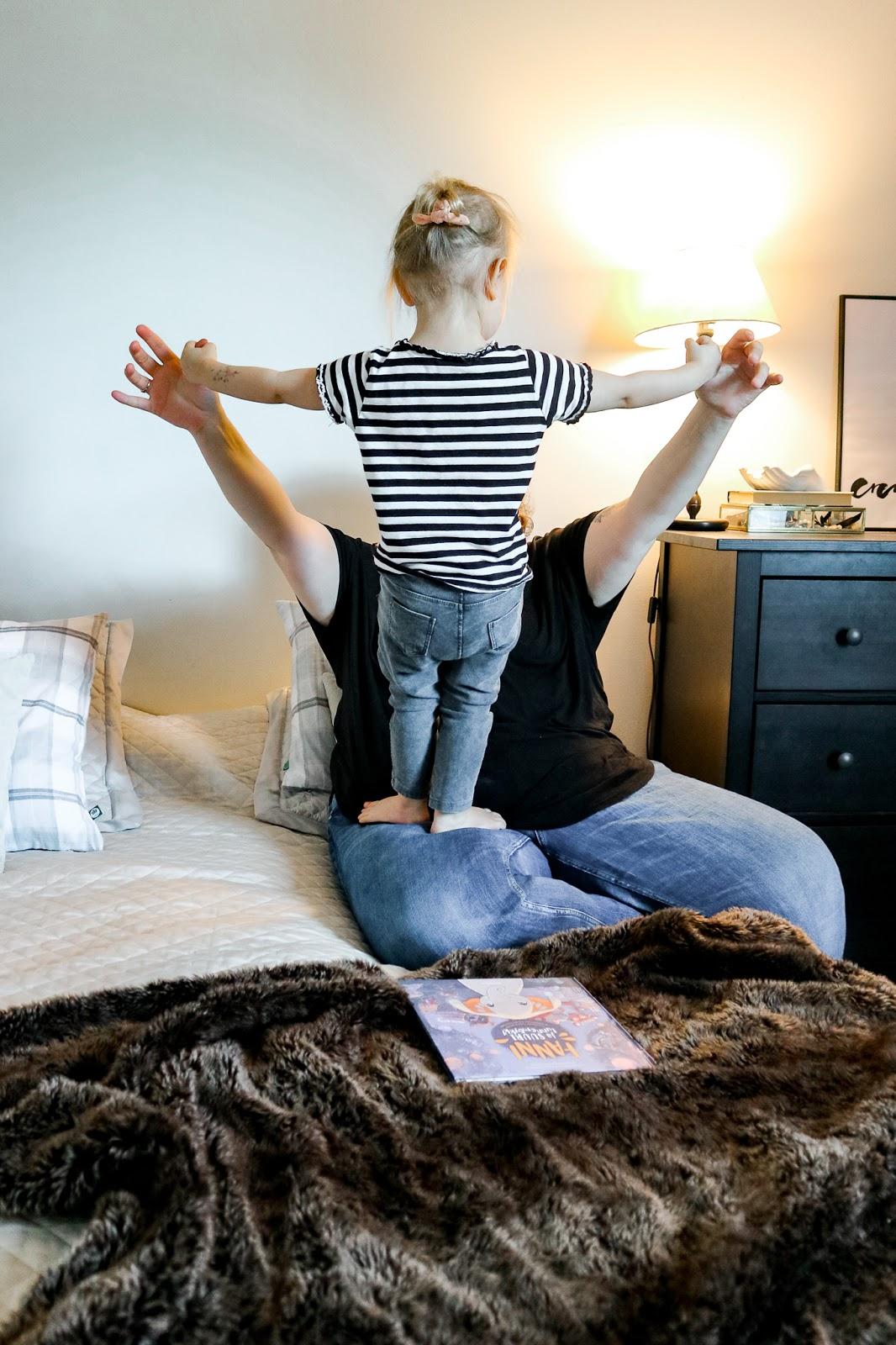 Big mamas home by Jenni S. Kolme hyvää asiaa haaste