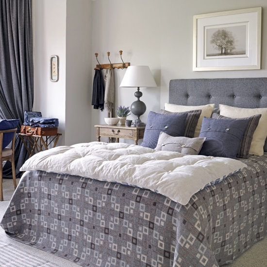 My current obsession grey tufted headboards cozy Grey tufted headboard