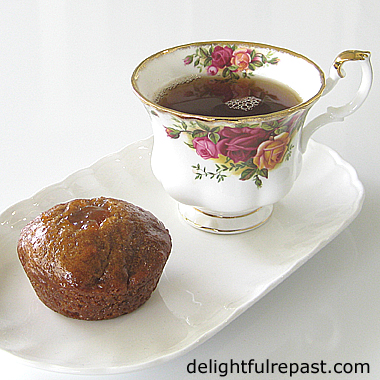 Nonnettes - French Gingerbread Cakes (or you can use other spices) / www.delightfulrepast.com