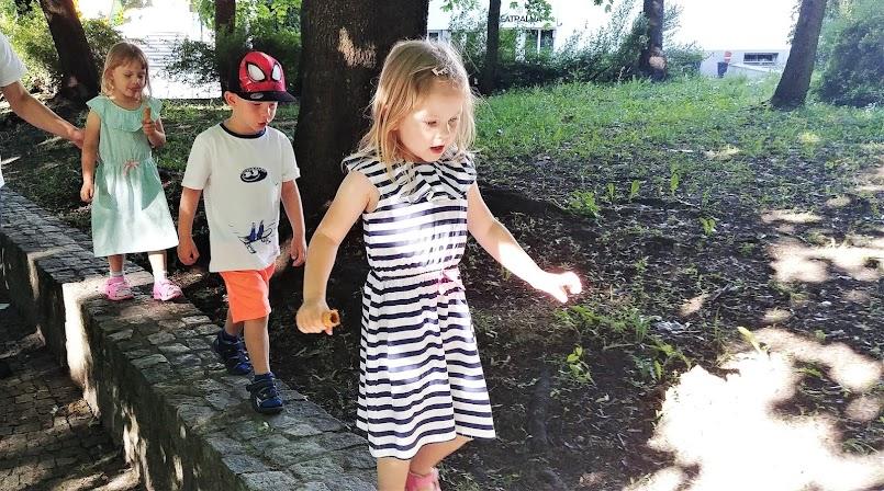 Jak budować pewność siebie u małego dziecka?