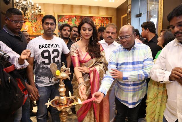 Shriya Saran At VRK Silks Himatnagar Pics