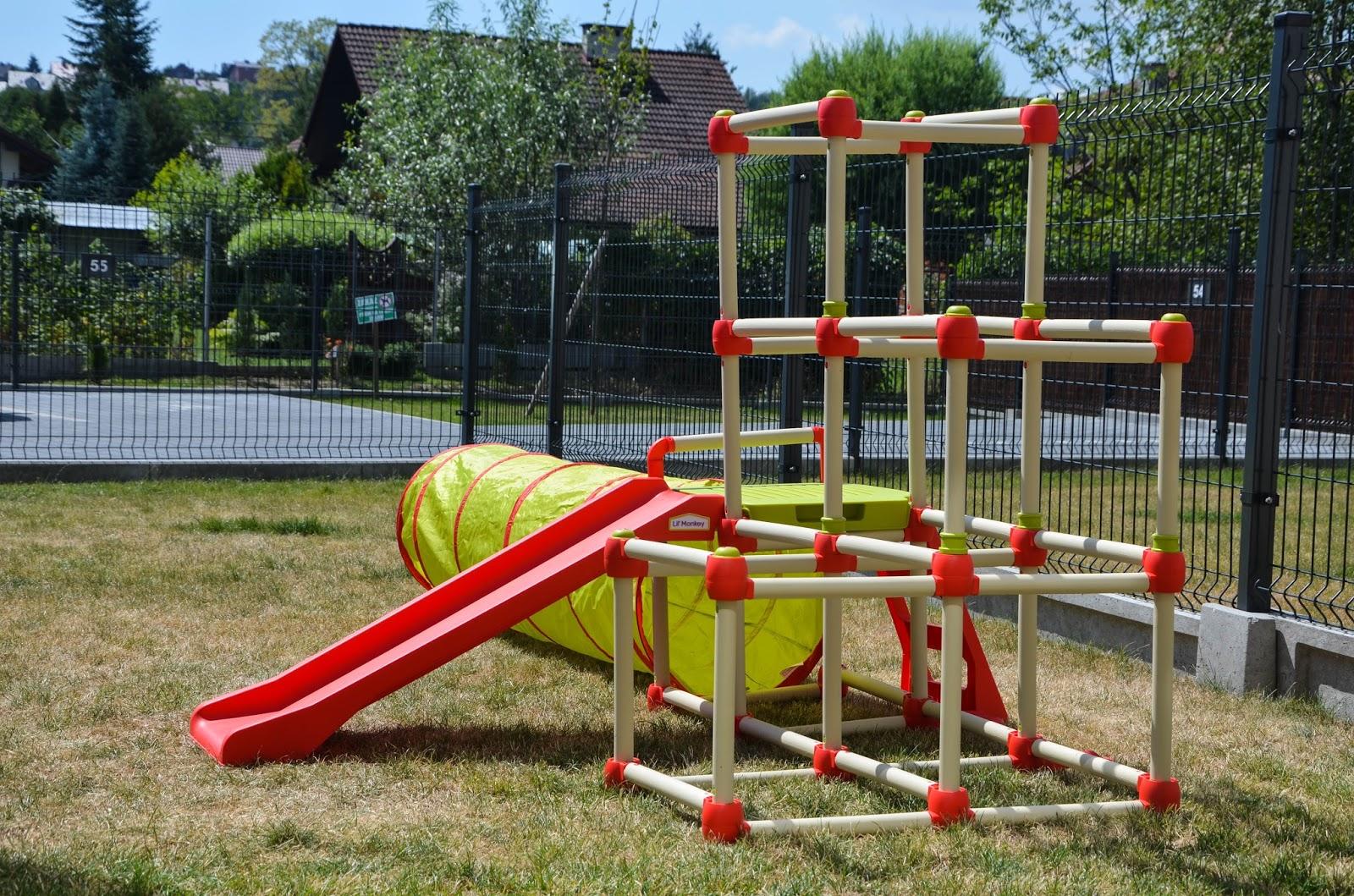 zabawki ogrodowe, w co się bawić na dworze, przydomowy plac zabaw,