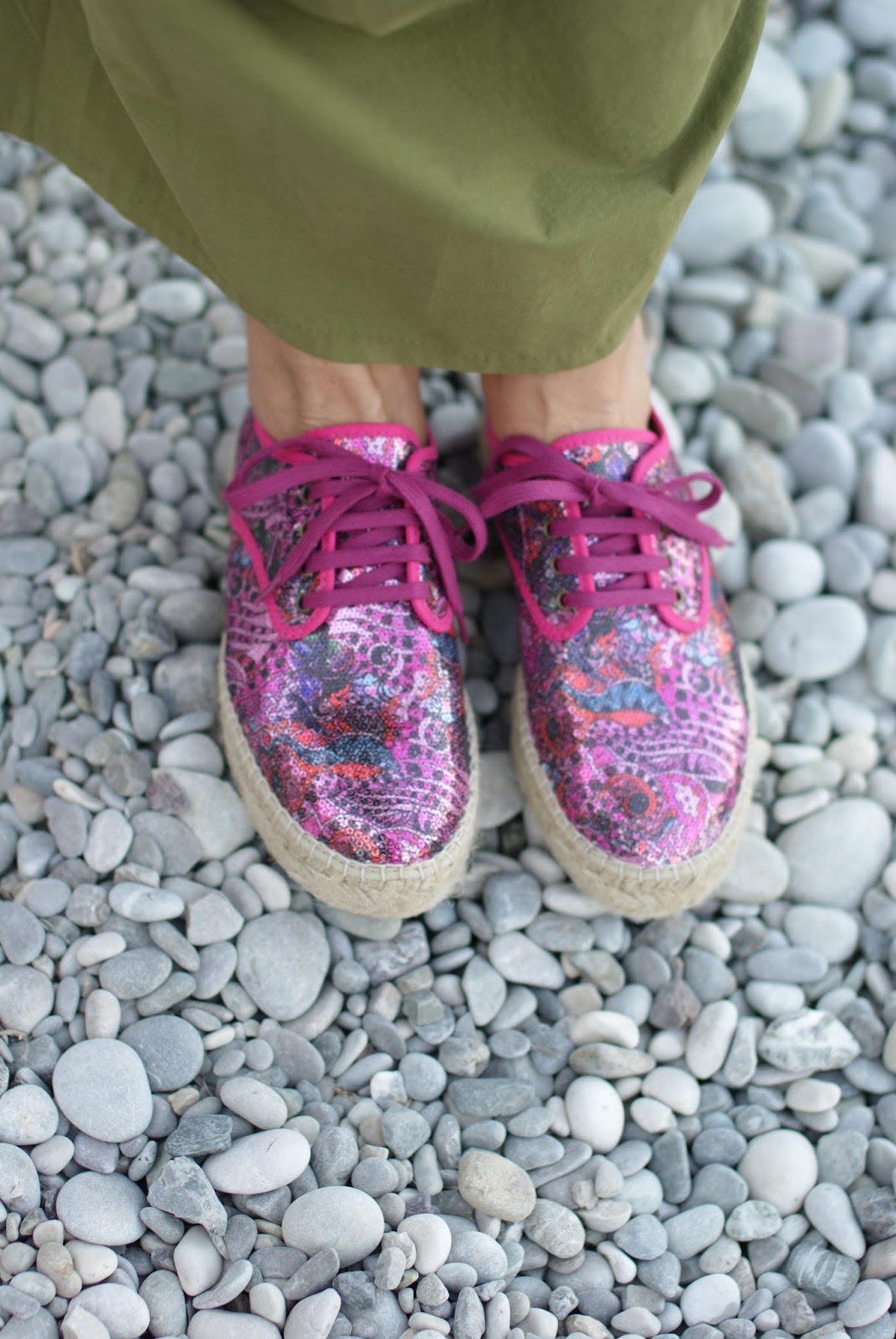 Natural World Eco fucsia lace up espadrillas eco friendly on Fashion and Cookies fashion blog, fashion blogger style