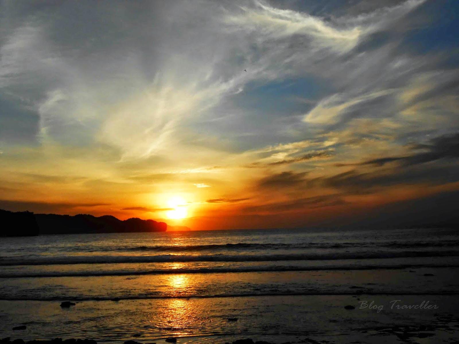 Sunrise Pantai Srau