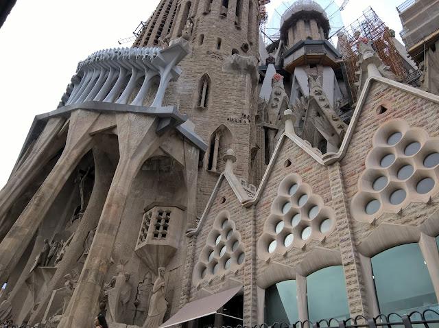 Facciata della Passione Sagrada Familia
