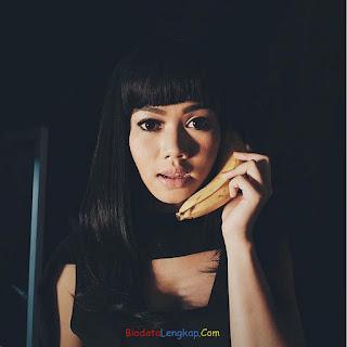 Yura Yunita, lagu Yura Yunita, pacar Yura Yunita,  foto terbaru Yura Yunita, instagram Yura Yunita,