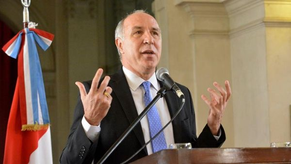 Juez argentino Lorenzetti renuncia a la Corte Suprema