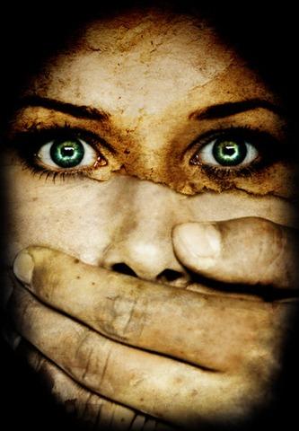 Horizonte femenino, Rostro silenciado,  Historias de mujeres, Libertad valor, Incomunicación, Mujeres, Identidad, Rupturas amorosas, Poemas de dolor, Poemas cortos,