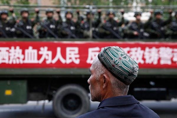 Multidimensi Masalah Uighur