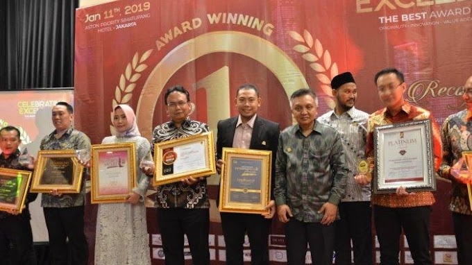 Harry Hikmat Raih Best in Professional dan Leadership 2019