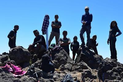 Puncak Sejati Gunung Sumbing via butuh Kaliangrik - Backpacker Manyar