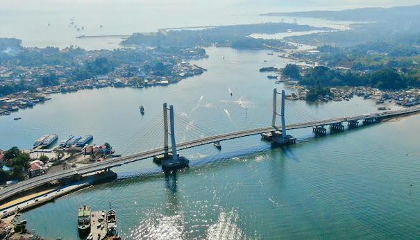 Resmikan Jembatan Teluk Kendari, Presiden Jokowi Sebut Kendari Makin Menarik Untuk Pengembangan Usaha