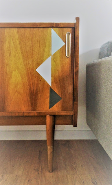 lata 60 meble, jak usunąć lakier, jak malować meble