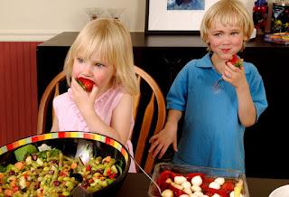 """agar anak makan sayur"""