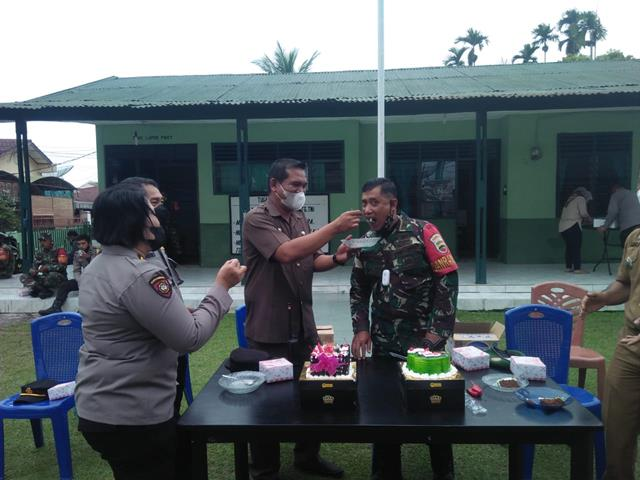 Personel Koramil 03/Siantar Selatan Kodim 0207/Simalungun Terima Kunjungan Forkopimca Di Makoramil