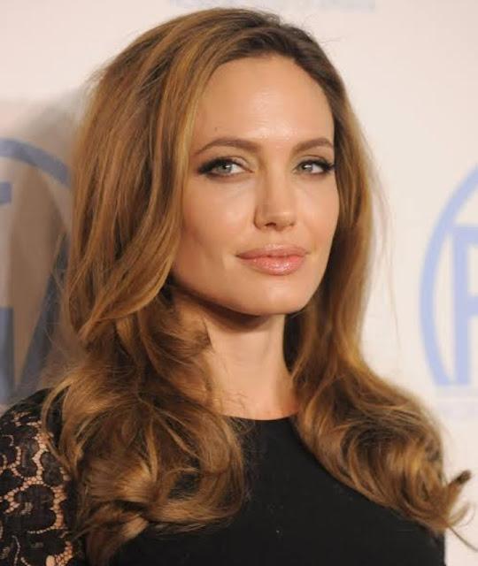Kisah inspiratif Angelina Jolie