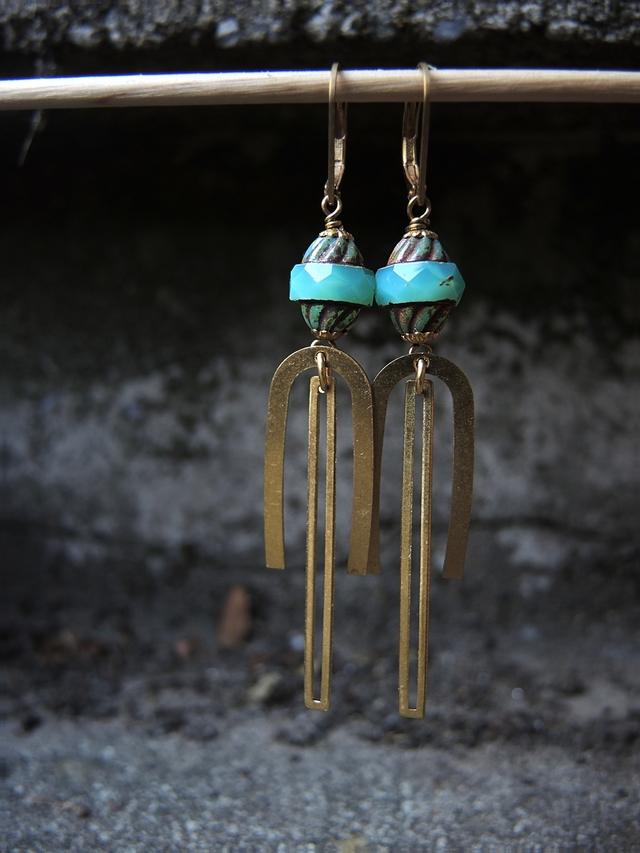 DIY oorbellen/earrings 'alien'