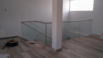 Instalación de barandilla de cristal en Zaragoza