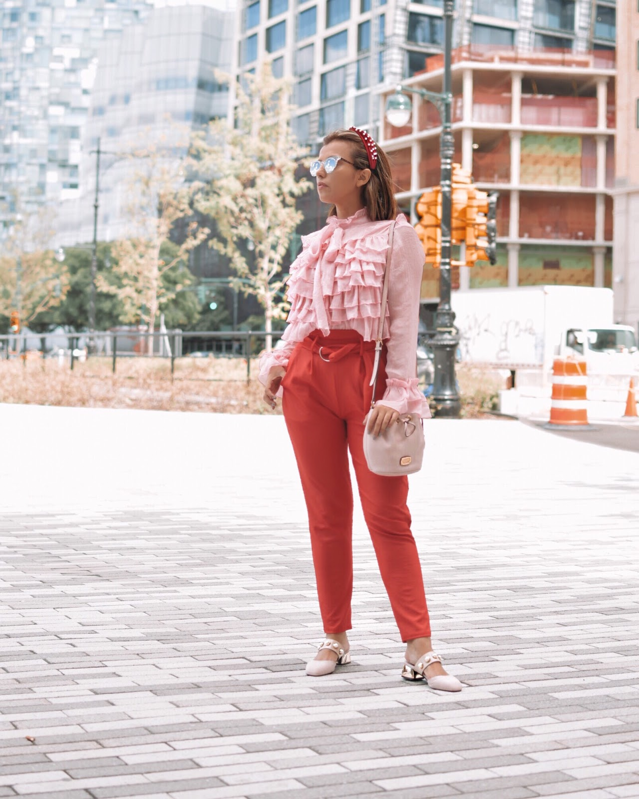 Mari Estilo-Como combinar rosa y rojo-