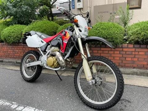 【CRM250AR(ホンダ)】2サイクル、オフロードバイク!スペック詳細と特選中古車の紹介