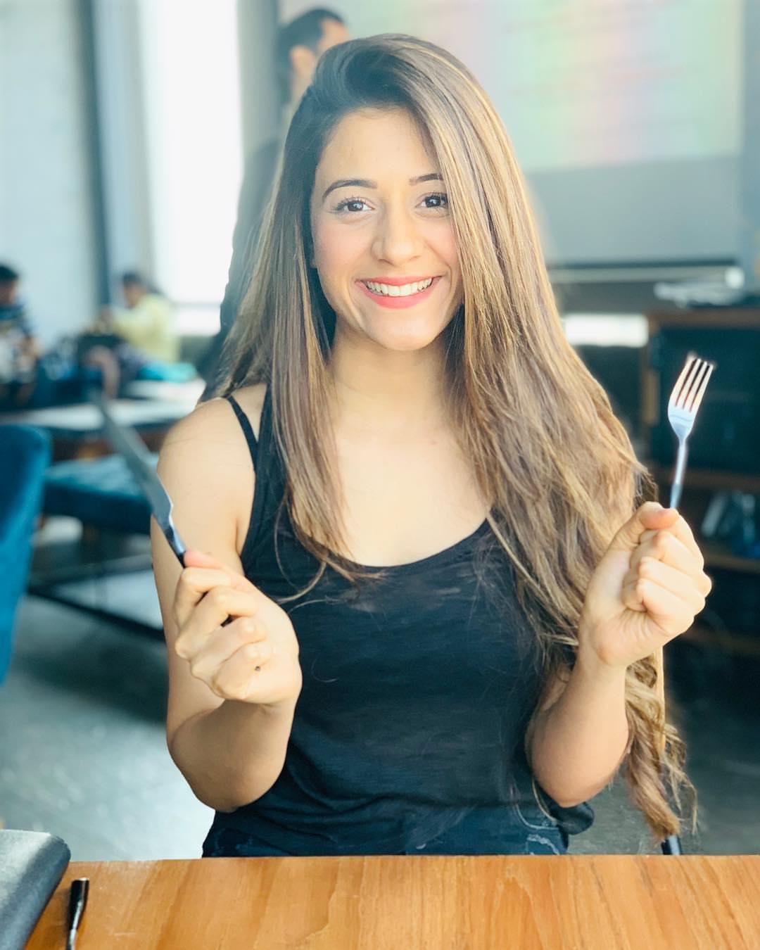 Hiba Nawab Smiling
