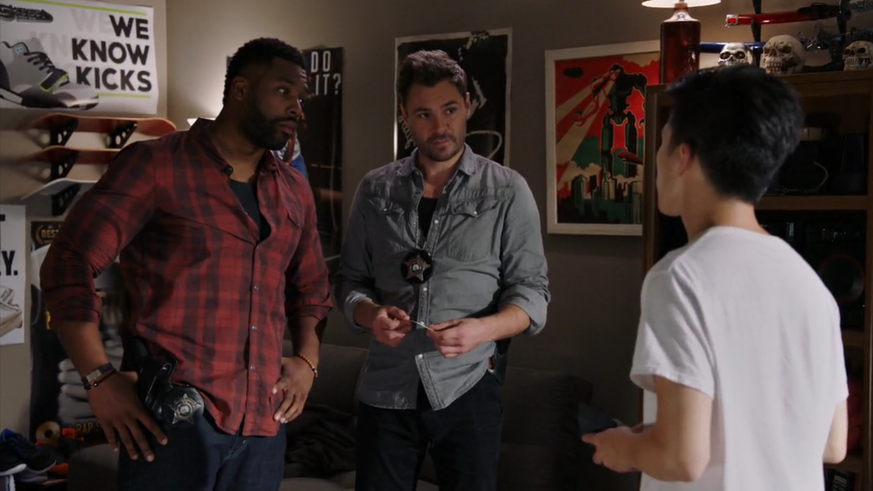 Erin and Jay pay a visit to Chicago Med where Will lets them know there's been quite a few patients admitted because of fentanyl overdoses.